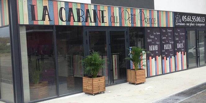 Découvrez la pizzeria-snack de La Cabane du Petit Prince et faites-vous livrer via Just Eat !